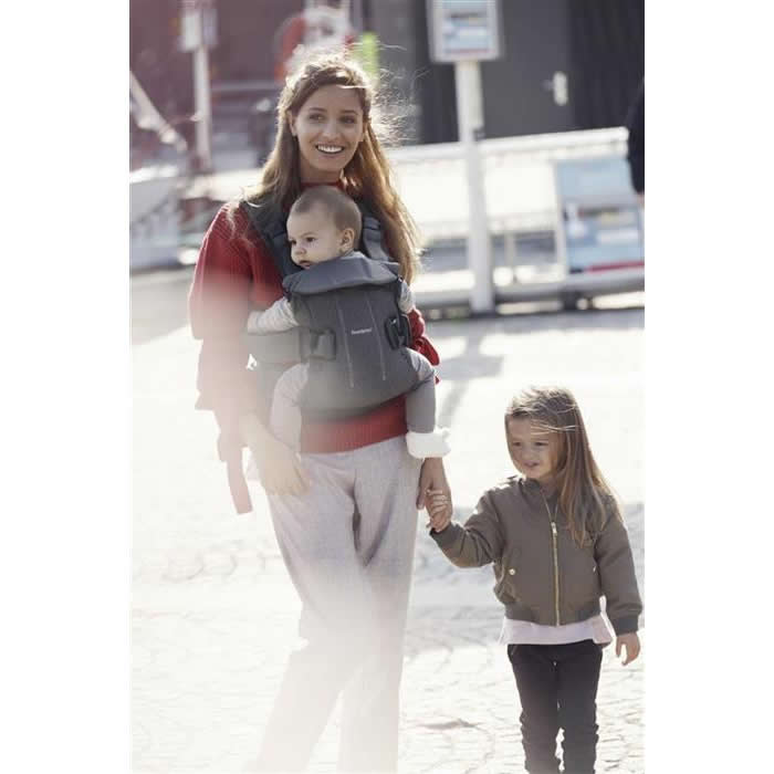 babybjorn marsupiu one denim grey bumbac 5