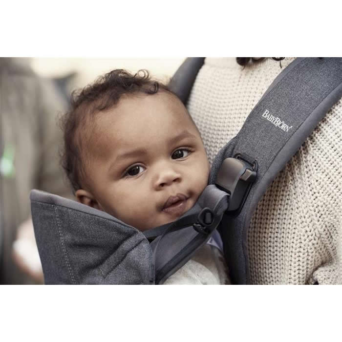 babybjorn marsupiu one denim grey bumbac 6