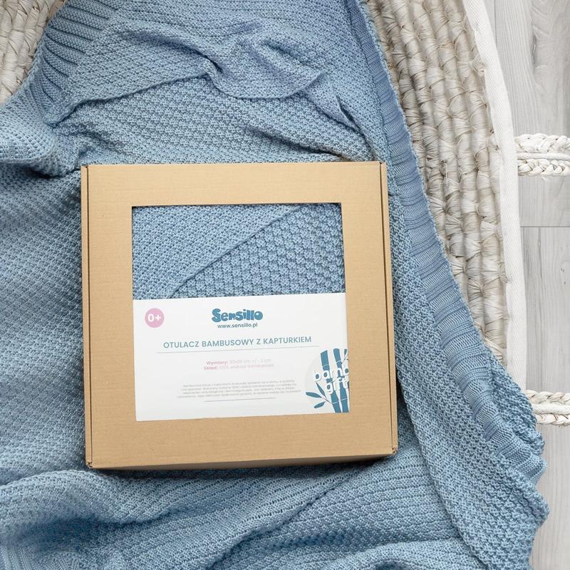 Paturica cu gluga bambus 100 cutie cadou albastra 4
