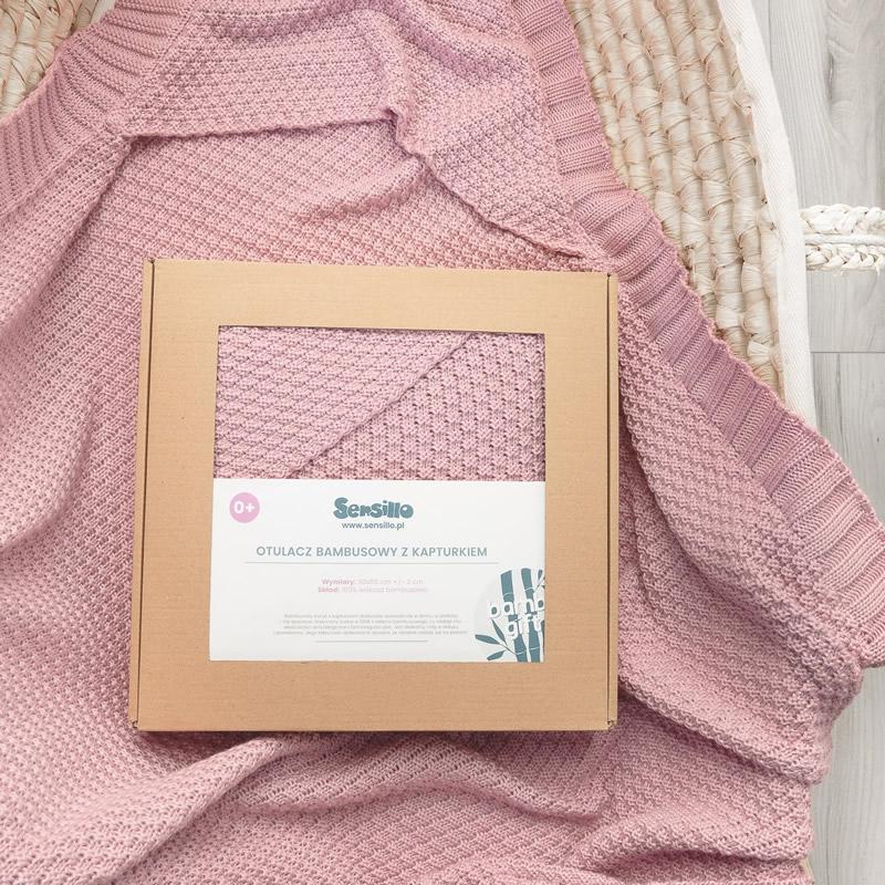 Paturica cu gluga bambus 100 cutie cadou roz 4