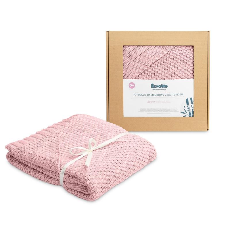 Paturica cu gluga din bambus in cutie cadou Pink
